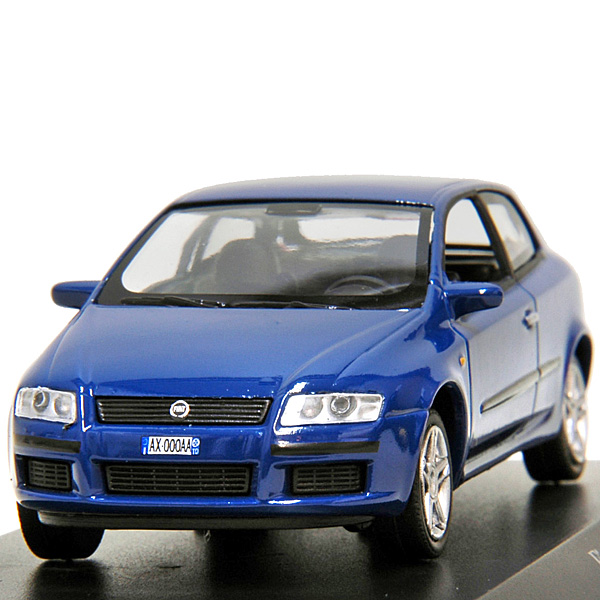 1/43 FIAT Story Collection No.19 FIAT Stilo Miniature Model