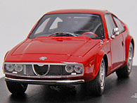 1/43 Alfa Romeo Junior Z 1300 Miniature Model