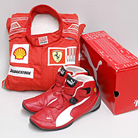 Scuderia Ferrari 2010 Mechanic Racing Suits & Shoes Set
