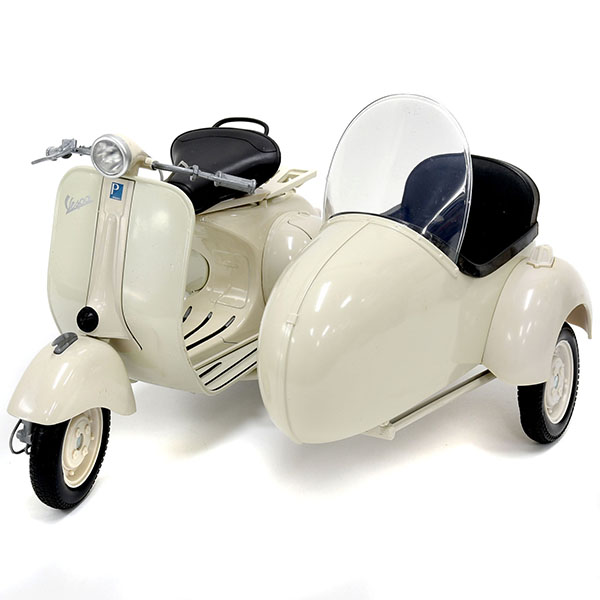 1/6 Vespa 150VL 1T Miniature Model