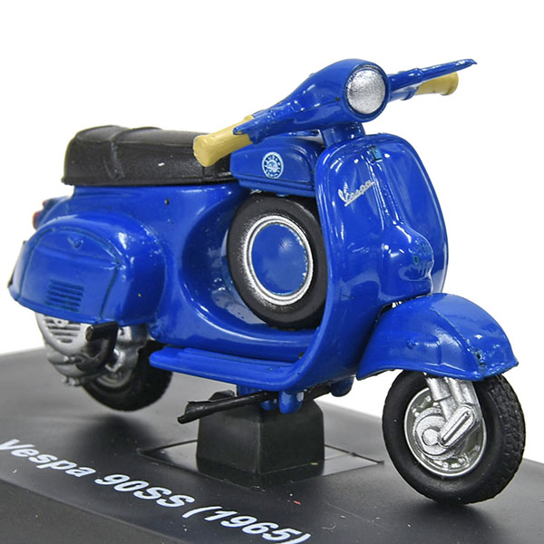 1/32 Vespa 90SS 1965 Miniature Model