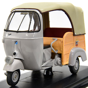 1/32 APE AC CALESSINO 1956 Miniature Model
