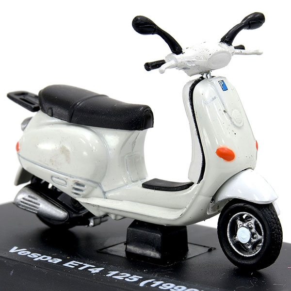 1/32 Vespa ET4 125 1996 Miniature Model