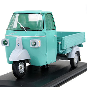 1/32 APE MPV 600 Pianale 1969 Miniature Model