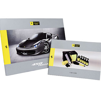 Ferrari 458 ITALIA accessori Catalogue & Car Care Catalogue Set