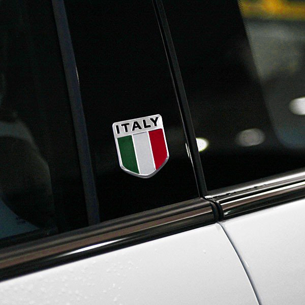 ITALIAN FLAG BADGE