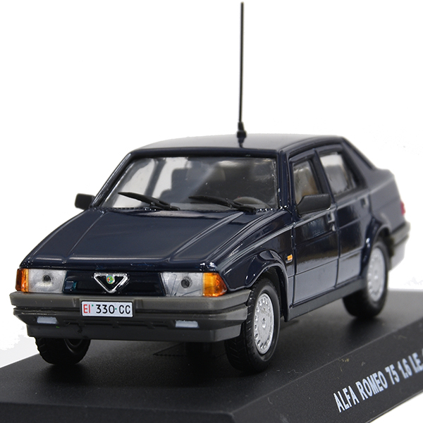 1/43 Alfa Romeo 75 1.6 IE Miniature Model